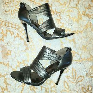 Guess platinum leather sandal Stilletos size 6.5